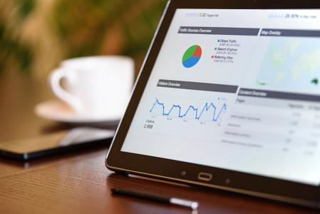 Die-25-Funktionalitäten-für-Ihren-Onlineshop-im-Überblick